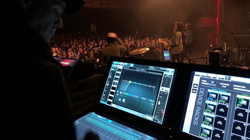 Riverside Theater Chooses Waves eMotion LV1 Live Mixer
